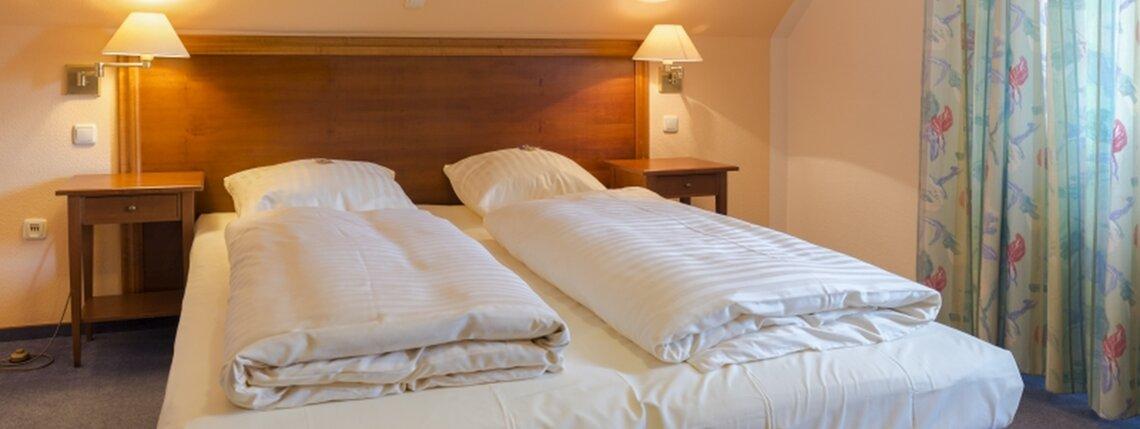 Zimmer4 Bett